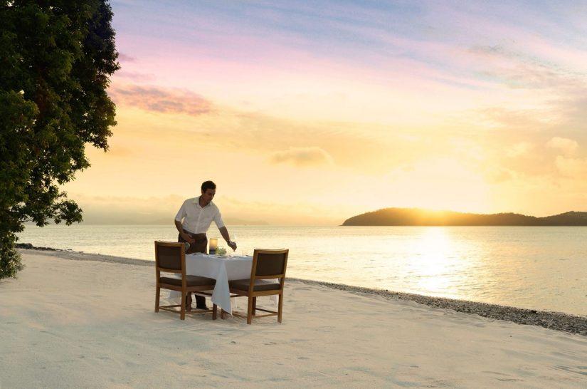 Qualia resort Hamilton Island Sunset romatic beach dining