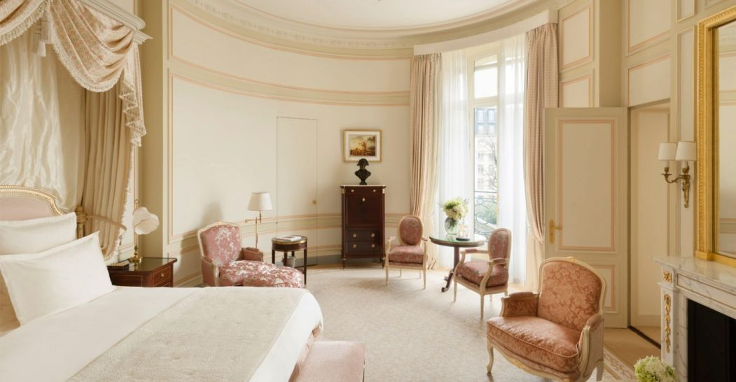 Ritz Paris Deluxe Suite