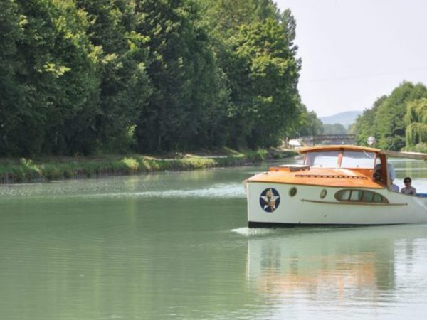 Royal Champagne Hotel and Spa Boat excursion on the Marne River