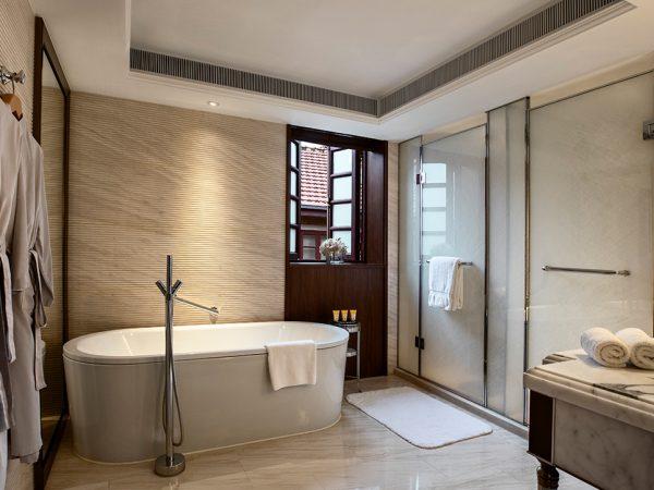 Shanghai Jianyeli Capella Hotel Bathroom