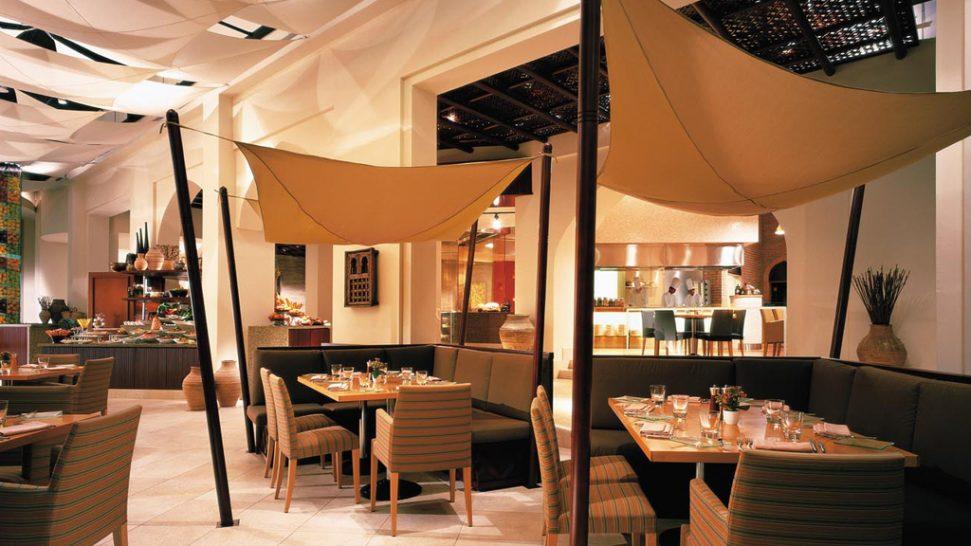 Shangri La Barr Al Jissah Resort and Spa Al Tanoor