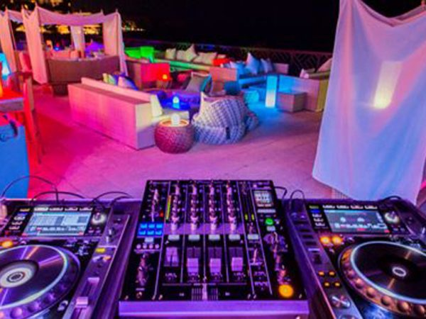 Shangri La Barr Al Jissah Resort and Spa B.A.B. Lounge
