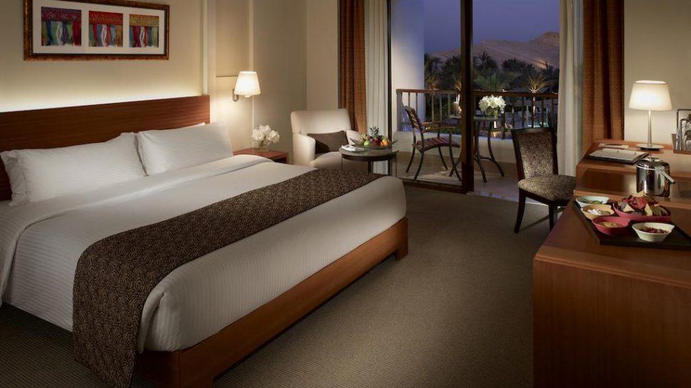 Shangri La Barr Al Jissah Resort and Spa Deluxe Terrace Room