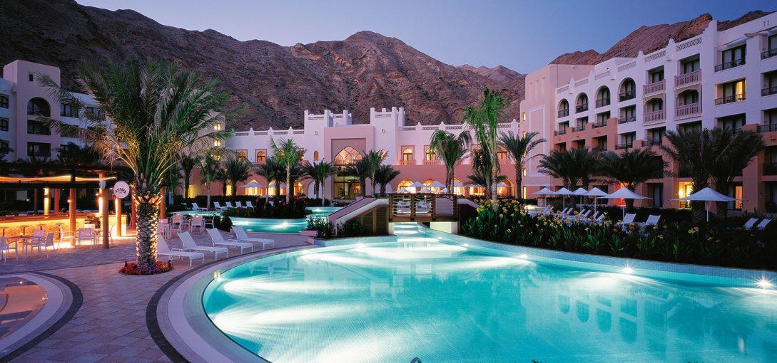 Shangri La Barr Al Jissah Resort and Spa Pool Sunset