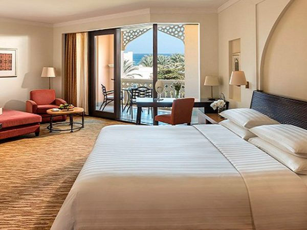 Shangri La Barr Al Jissah Resort and Spa Premier Room