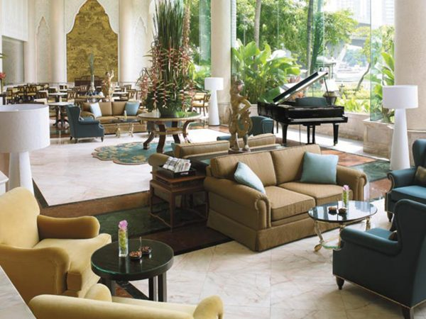 Shangri La Hotel Bangkok Riverside Lounge