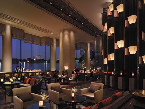 Shangri La Hotel Bangkok The Long Bar