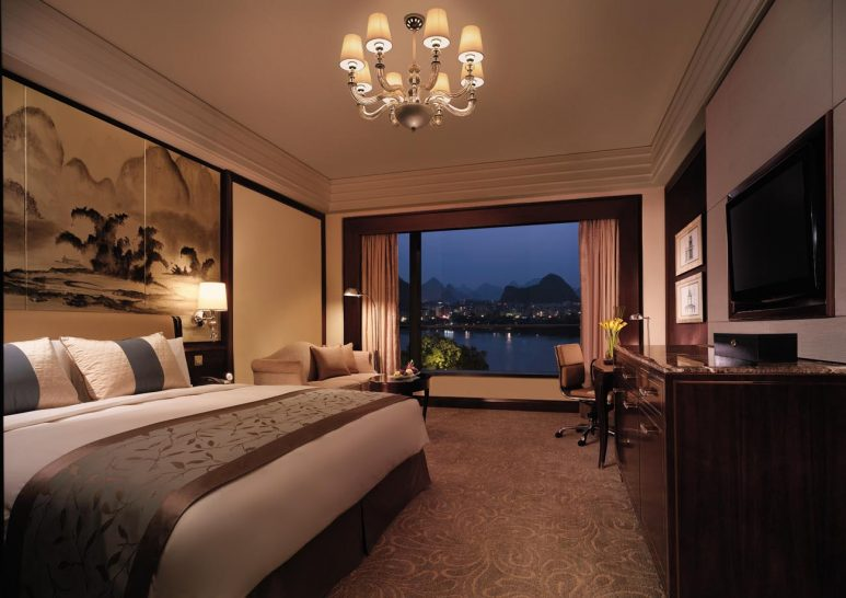 Shangri La Hotel Guilin Deluxe River View Room