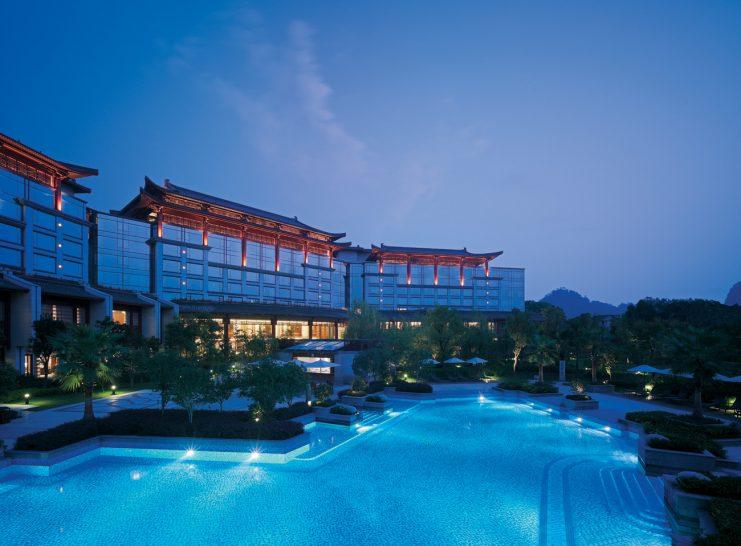 Shangri La Hotel Guilin Outdoor Swimming Pool