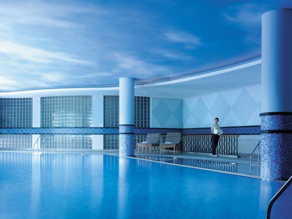 Shangri La Hotel Hangzhou Indoor Swimming Pool
