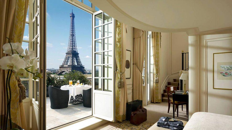 Shangri La Hotel Paris Duplex Terrace Eiffel View Suite