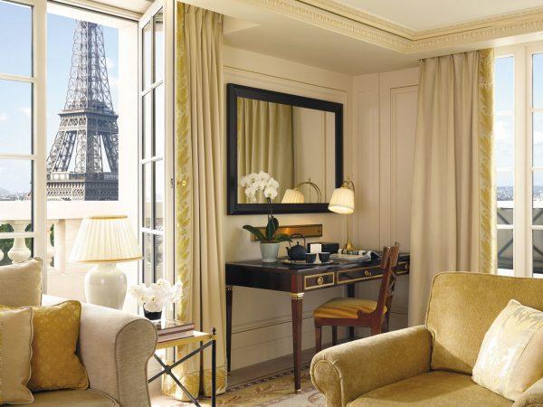 Shangri La Hotel Paris Terrace Eiffel View-Room