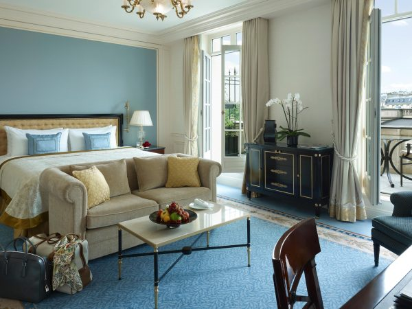 Shangri La Hotel Paris Terrace Room
