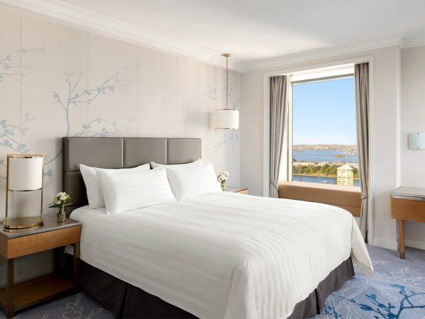 Shangri La Hotel Sydney Ambassador Suite