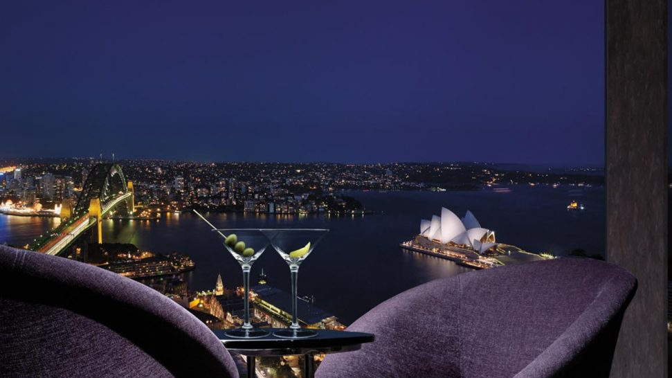 Shangri La Hotel Sydney Blu Bar on 36