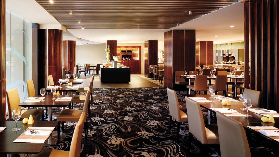 Shangri La Hotel Sydney Cafe Mix Restaurant