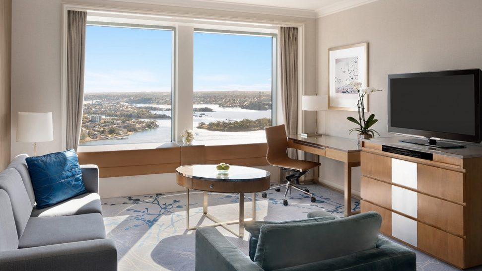 Shangri La Hotel Sydney Horizon Club Darling Harbour Suite