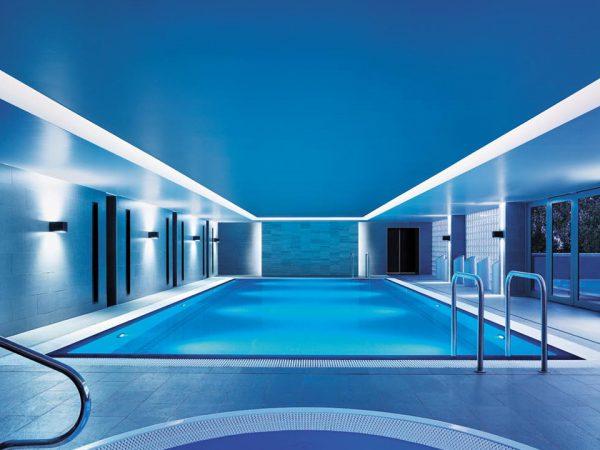 Shangri La Hotel Sydney Pool