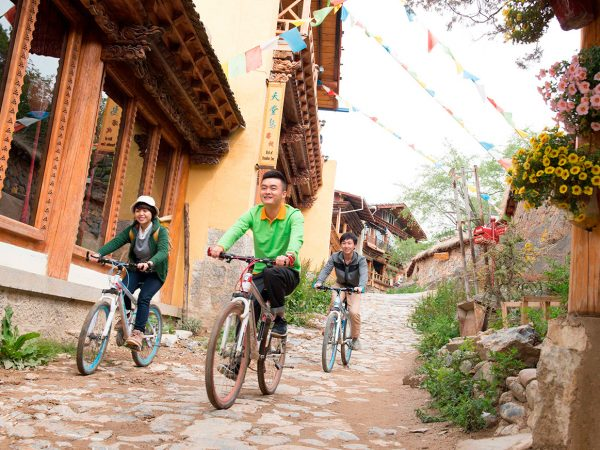 Shangri La Resort Shangri La Cycling