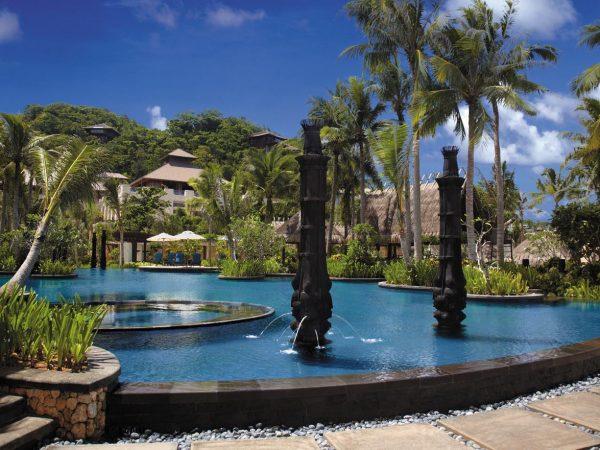 Shangri La's Boracay Resort And Spa Free Form Pool