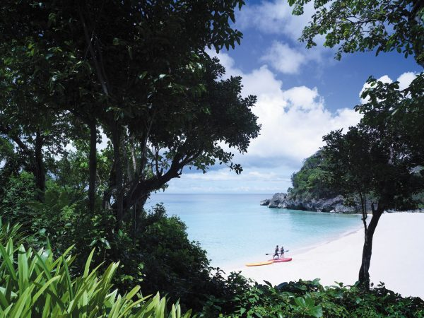 Shangri La's Boracay Resort And Spa Kayak