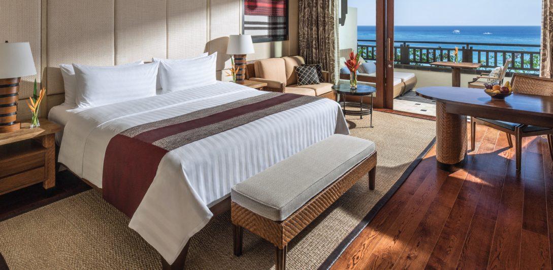 Shangri La's Boracay Resort And Spa Premier Premier Seaview Room