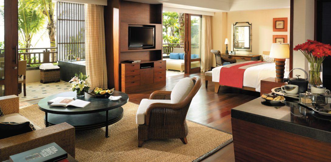 Shangri La's Boracay Resort And Spa Seaview Suite