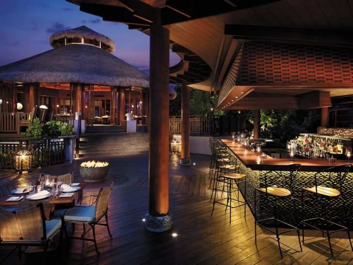 Shangri La's Boracay Resort And Spa Sirena Seafood Restaurant