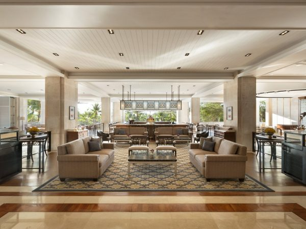 Shangri La's Mactan Resort and Spa Cebu Lobby Lounge