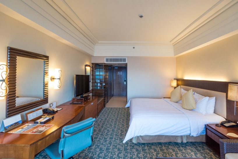 Shangri La's Mactan Resort and Spa Cebu Mactan Suite