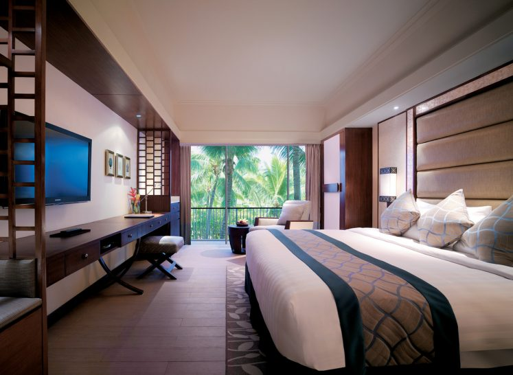 Shangri La's Mactan Resort and Spa Cebu Main Wing Deluxe Room