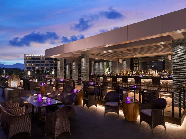 Shangri La's Sanya Resort and Spa Hainan Dragonfly Bar