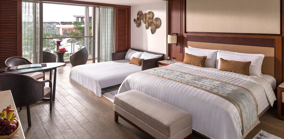 Shangri La's Sanya Resort and Spa Hainan Horizon Club Room