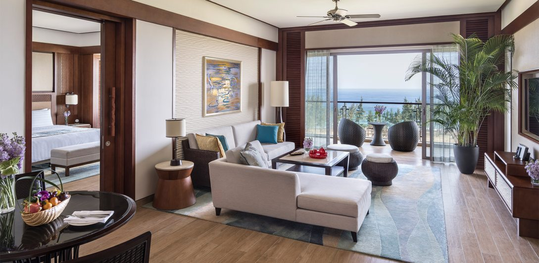 Shangri La's Sanya Resort and Spa Hainan Horizon Ocean Suite