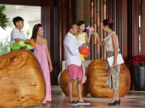 Shangri La's Sanya Resort and Spa Hainan Lobby