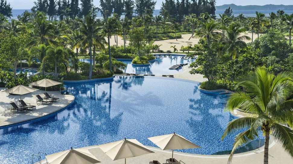 Shangri La's Sanya Resort and Spa Hainan Pool