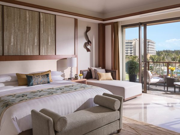 Shangri La's Sanya Resort and Spa Hainan Pool Villa