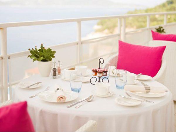 Sun Gardens Dubrovnik Rooftop Breakfast