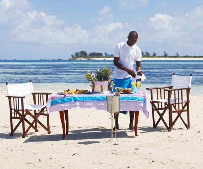 Thanda Island Beach Dining