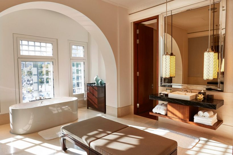 The Capitol Kempinski Hotel Singapore Heritage Suite Bathroom