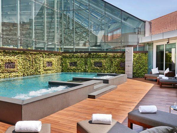 The Capitol Kempinski Hotel Singapore Pool