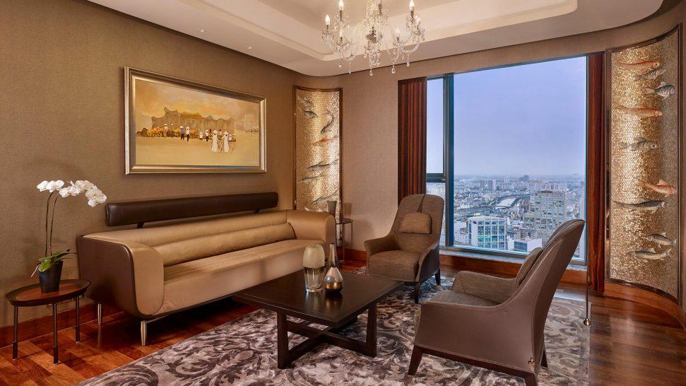 The Reverie Saigon Executive Suite By Giorgetti