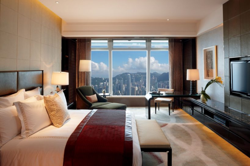 The Ritz Carlton Hong Kong Deluxe Victoria Harbour Room