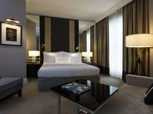 The Ritz Carlton Kuala Lumpur Deluxe RoomThe Ritz Carlton Kuala Lumpur Deluxe Room