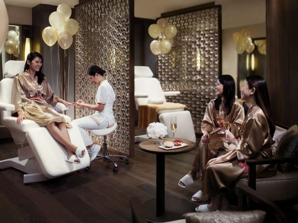 The Ritz Carlton Millenia Singapore La Salon