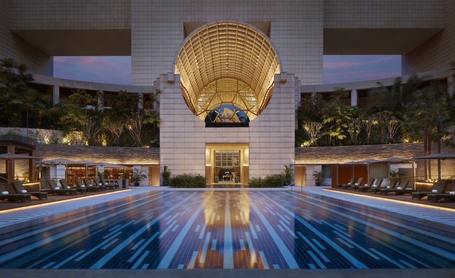 The Ritz Carlton Millenia Singapore Swimming Pool