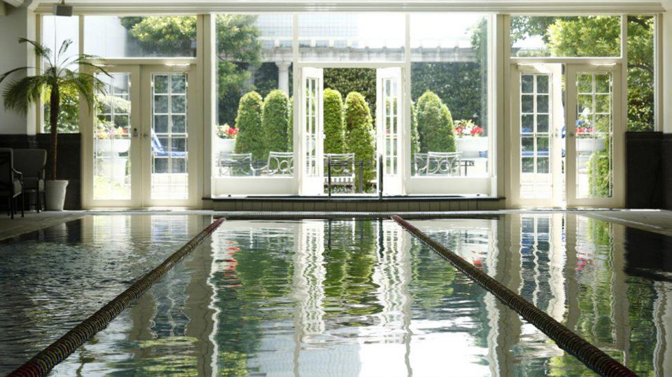 The Ritz Carlton Osaka Pool