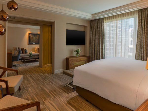 The Ritz-Carlton Santiago The Executive Suite