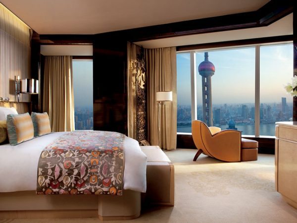 The Ritz Carlton Shanghai Pudong Pearl Tower View Suite