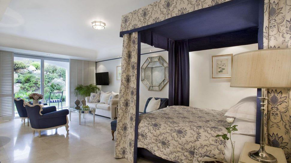 The Twelve Apostles Hote One Bedroom Suite